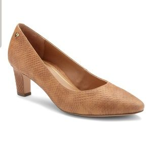 Vionic Madison Mia Brown Embossed Leather Heel
